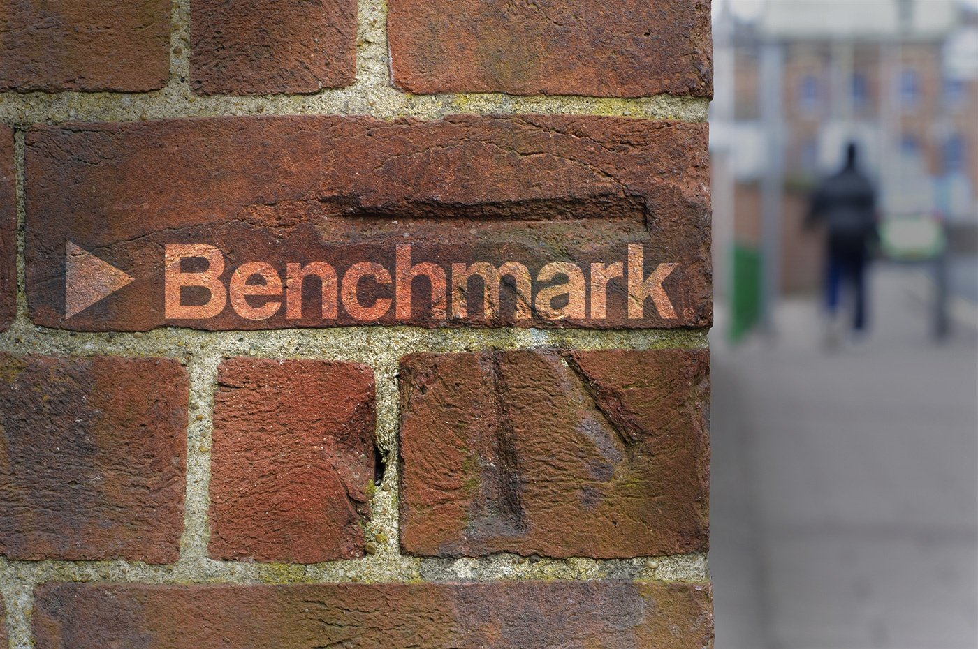Benchmark-Signal-Setting-the-Benchmark-01
